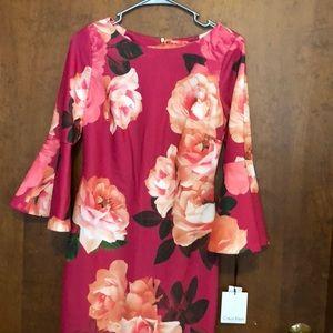 Women Calvin Klein Printed Bell-Sleeve Dress